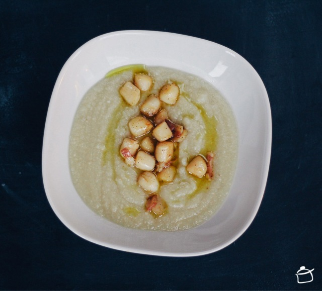 Soupe de céleri-rave, pétoncles et pancetta