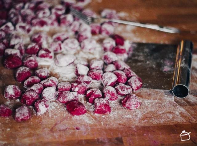 beet gnocchi