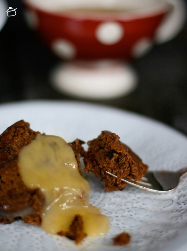 cake with dates and salted caramel sauce
