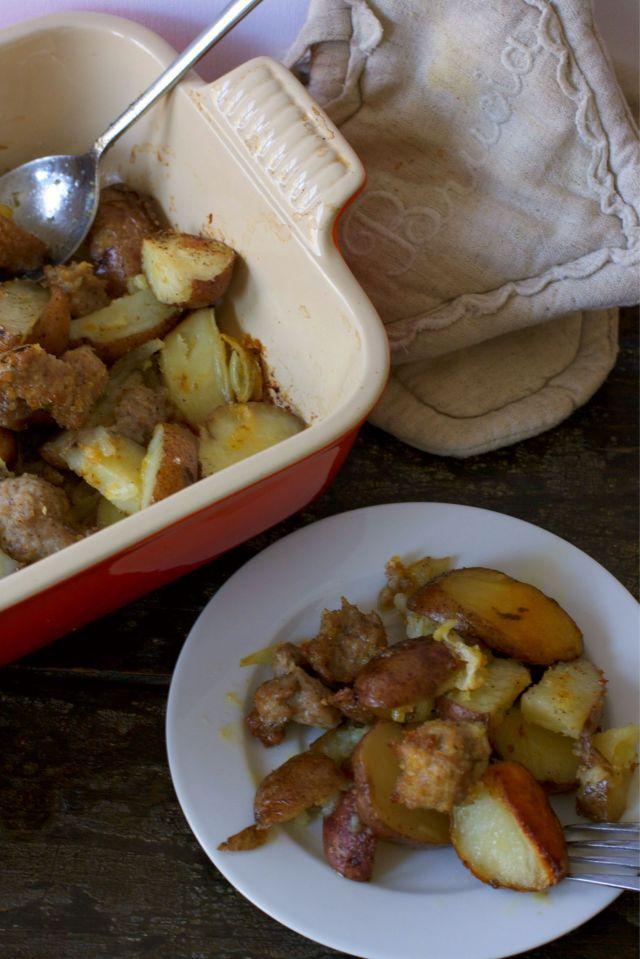 potatoes au four avec saucisse