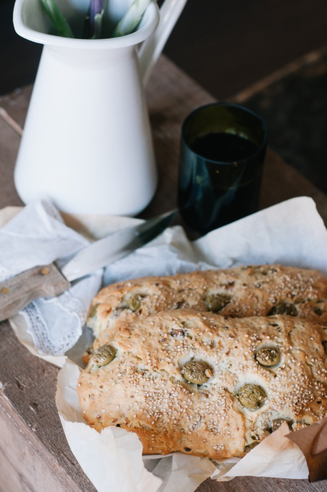 olive and Fanta bread