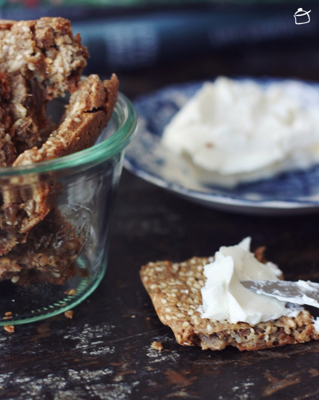 Crackers aux graines et oignon