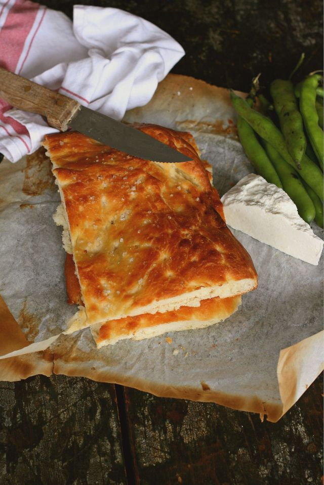 focaccia with milk with ginger