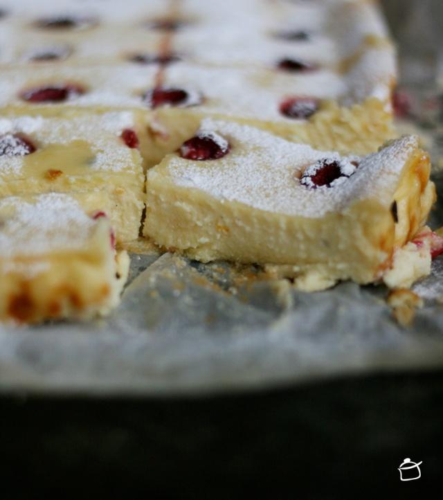 cheesecake di cioccolata bianca e lamponi