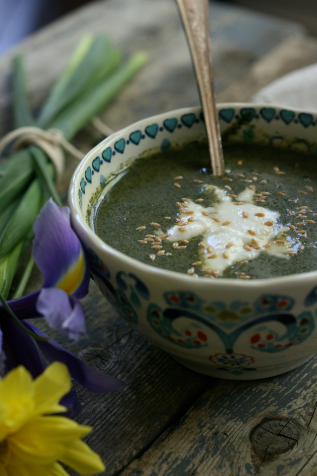 Cold nettle soup