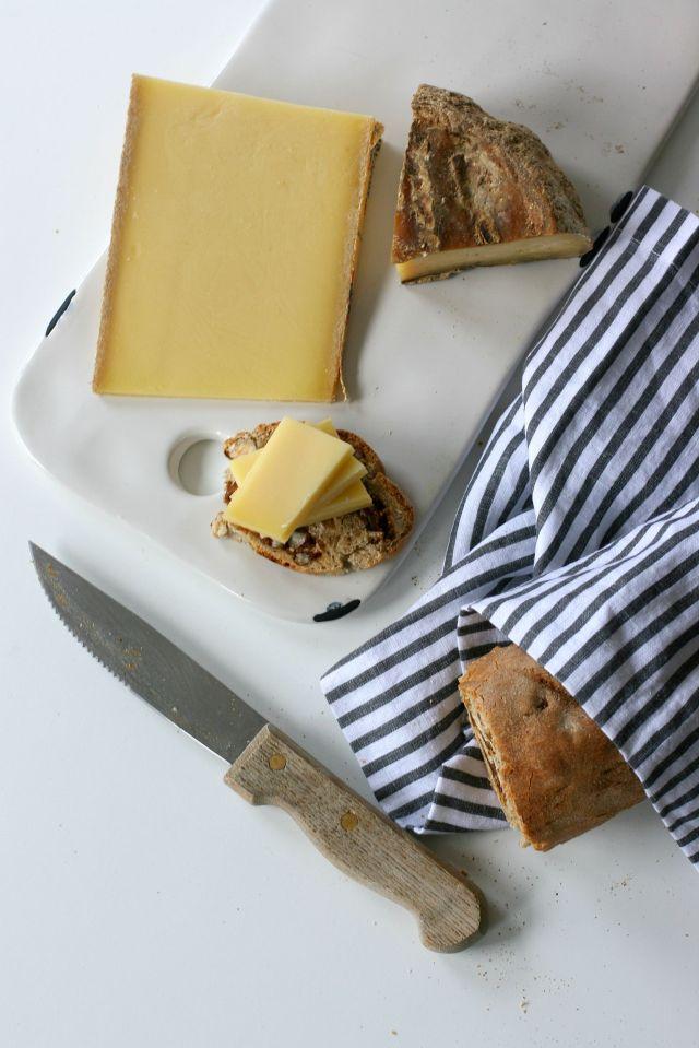 pain aux noisettes et figues