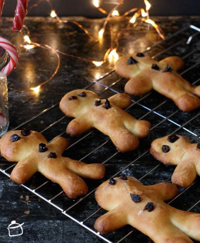 sweet bread men for christmas